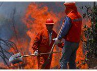 chile: mitad de aviones para combatir incendios no funcionan