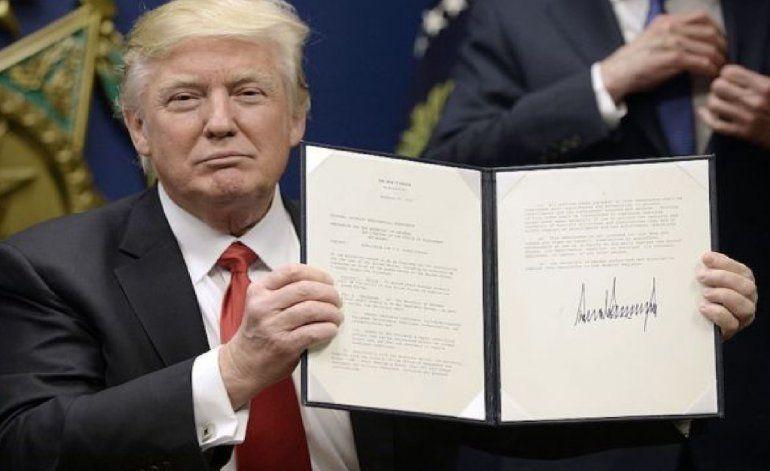 Trump firma orden ejecutiva para combatir a los carteles del narcotráfico