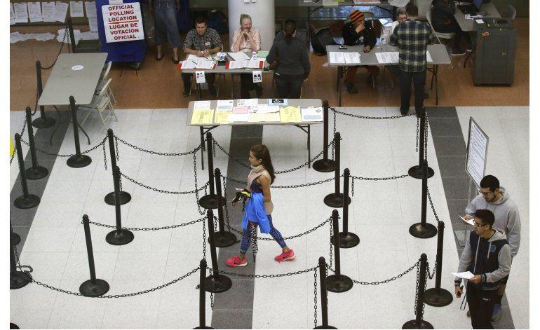 Republicanos piden restricciones sobre el voto en todo EEUU
