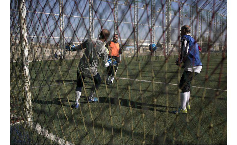 Mosul: residentes vuelven a jugar fútbol, sin el EI