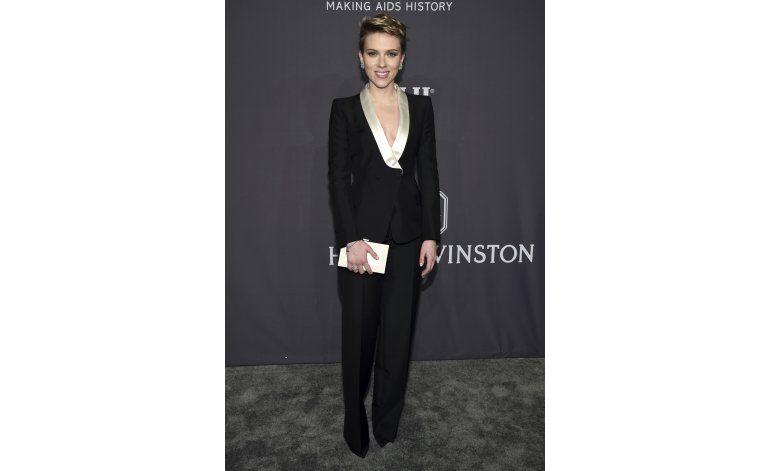 Scarlett Johansson reaparece en gala tras separación
