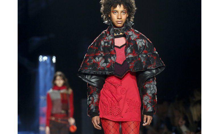 Desigual despliega vibrante estilo en Semana de Moda de NY