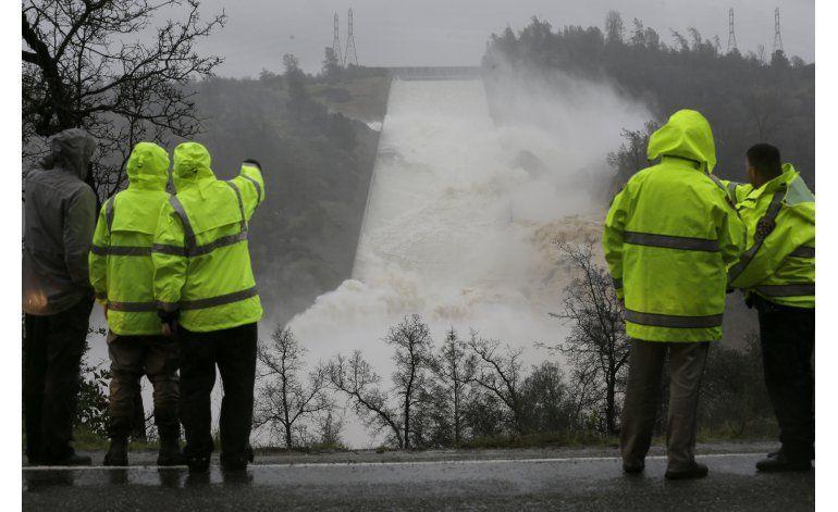 Presa más alta de EEUU registra daños por tormentas