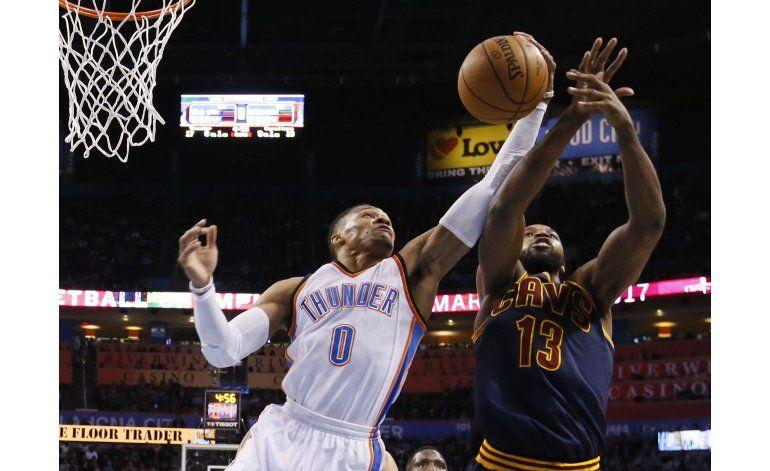 Westbrook logra otro triple doble, en duelo ante LeBron