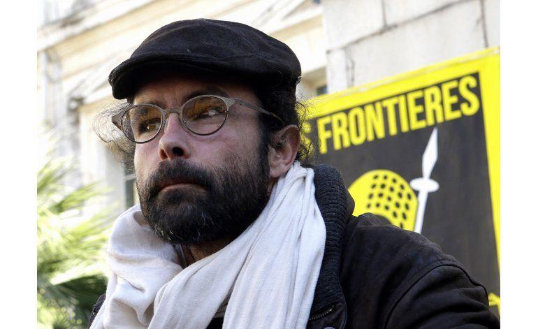 Condenan a agricultor francés por ayudar a migrantes