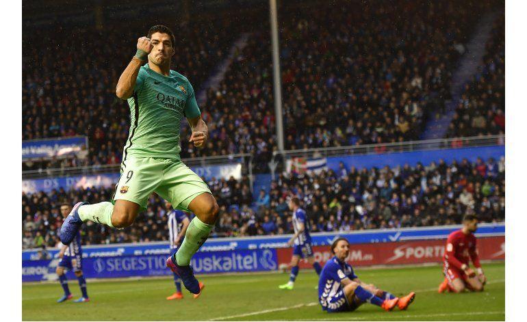 Barsa golea al Alavés, pero el Madrid no falla y sigue líder