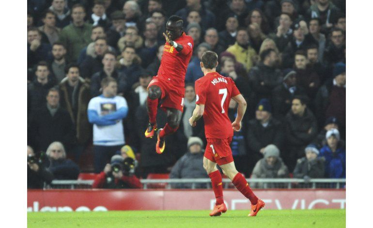 Revés de Tottenham en Liverpool abre más la puerta a Chelsea