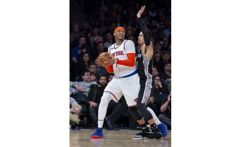 Knicks sorprenden a Spurs tras semana para el olvido