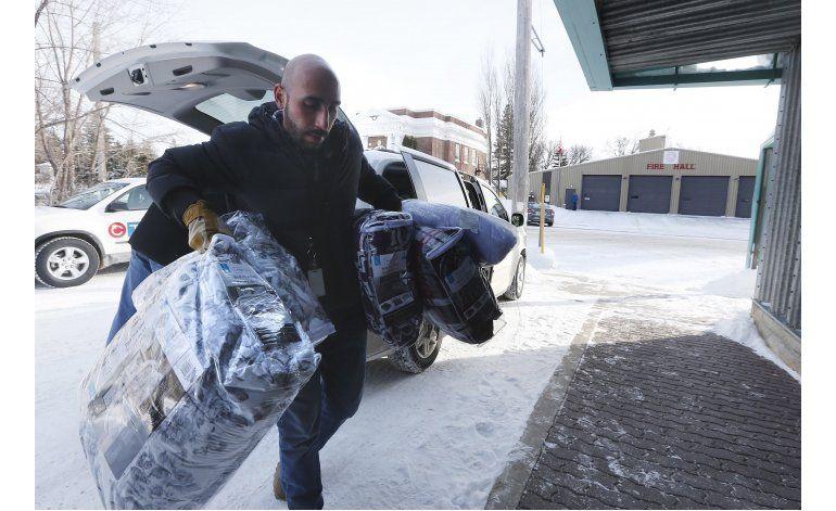 Inmigrantes desesperados se van de EEUU a Canadá