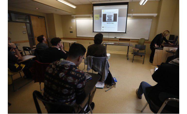 Escuelas de EEUU enseñan a identificar las noticias falsas
