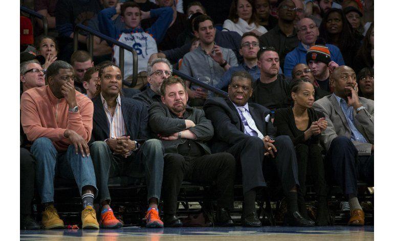 Knicks: Jordan y Silver median en conflicto Oakley-Dolan