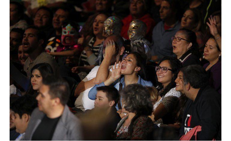 En México, un luchador despierta el odio por apoyar a Trump