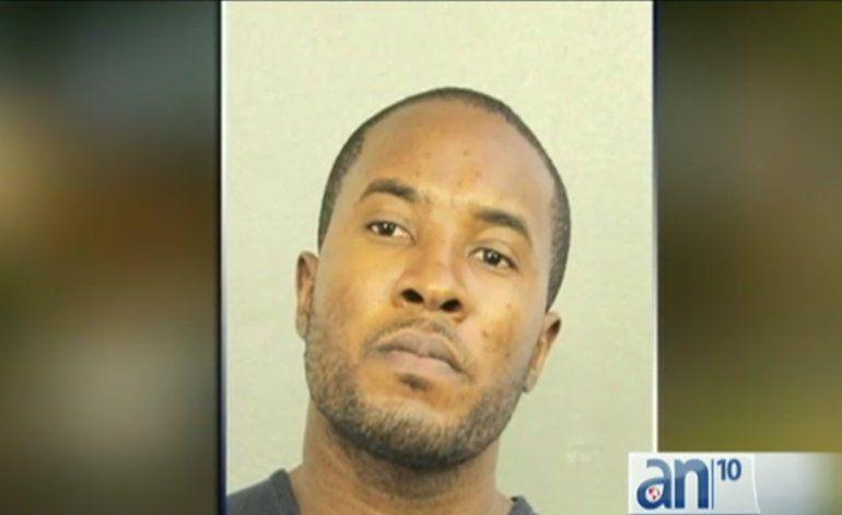 Hombre llama a la policía anunciando que había matado a su esposa y su hija