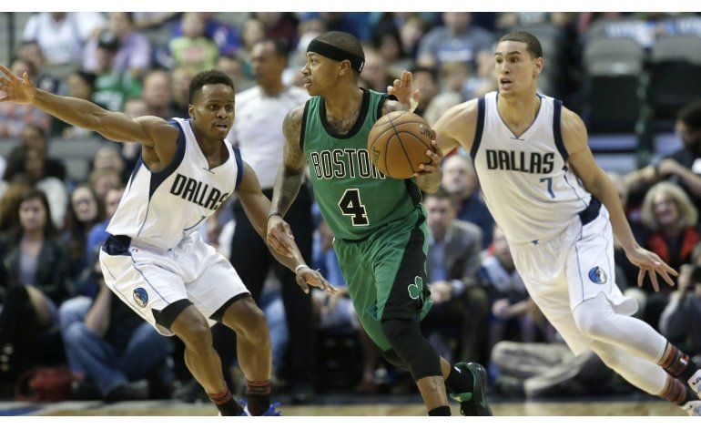 Thomas y Smart mantienen ante Dallas la racha de los Celtics