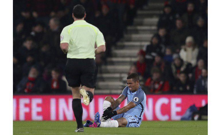 Man City: Gabriel Jesus sufrió fractura en un pie