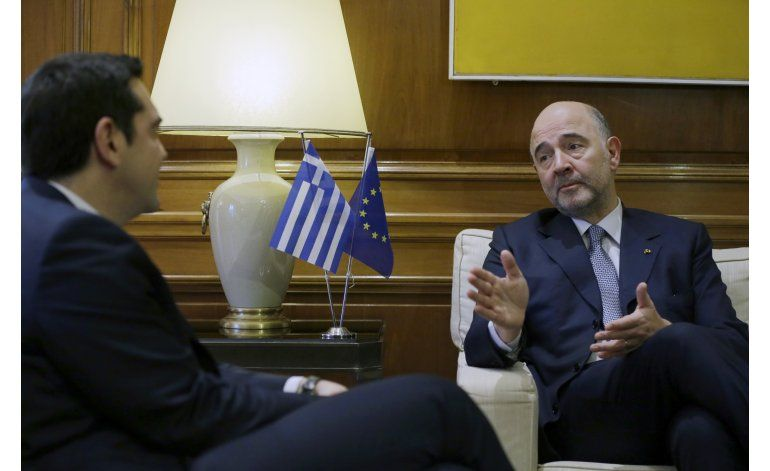 Comisario UE visita Atenas con diálogo por rescate estancado