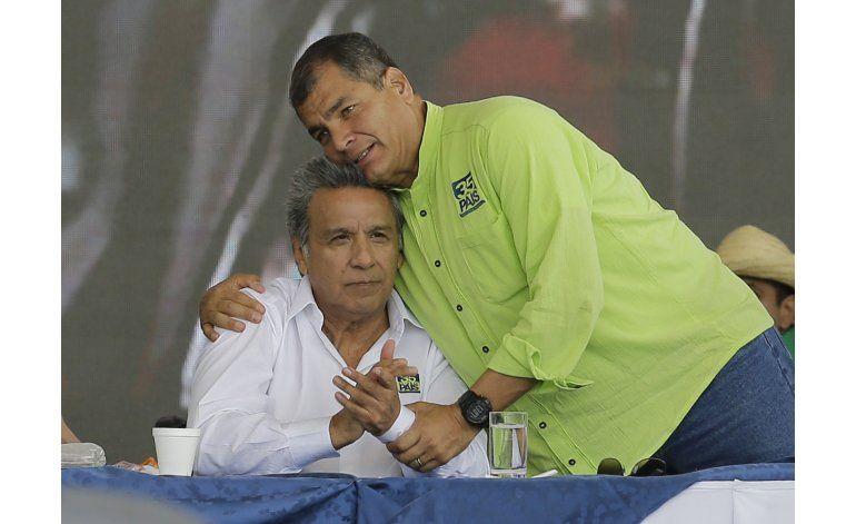 Ecuatorianos deben escoger entre la continuidad o el cambio