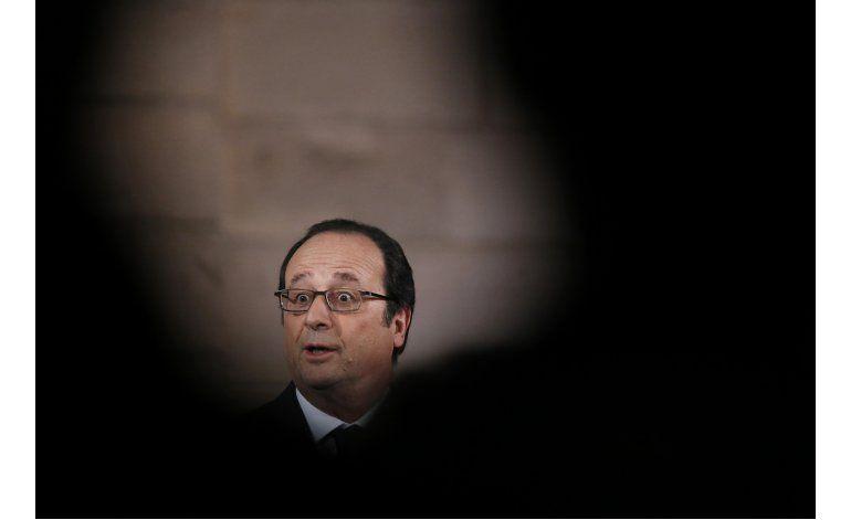 Hollande pide mayor seguridad digital para elecciones
