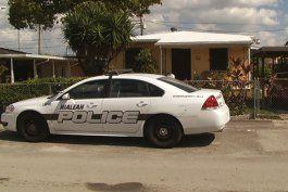 ladron roba varias casas de personas mayores  en hialeah