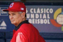 higinio velez: se esta negociando para insertar a peloteros cubanos de grandes ligas en el equipo cuba