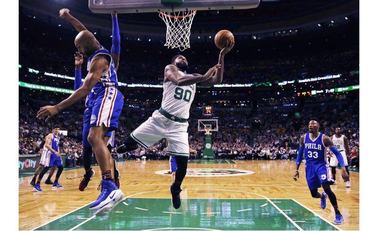 Thomas logra 33 puntos en victoria de Celtics sobre 76ers