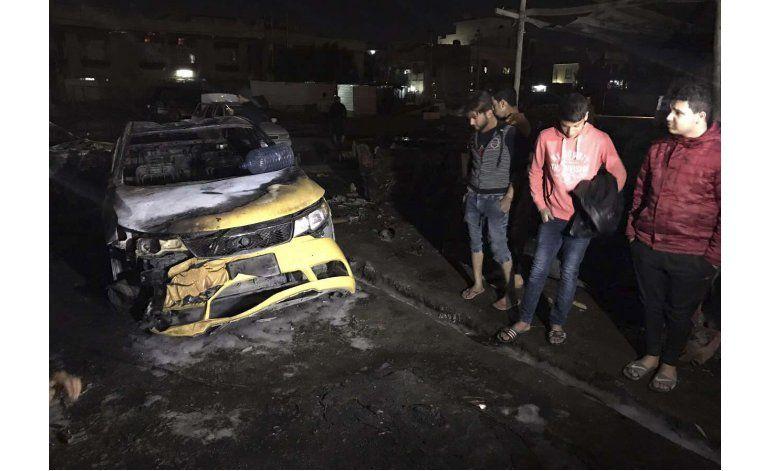 Coche bomba en Bagdad deja al menos 55 muertos