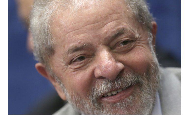 Lula prepara otra candidatura pese a los cargos en su contra