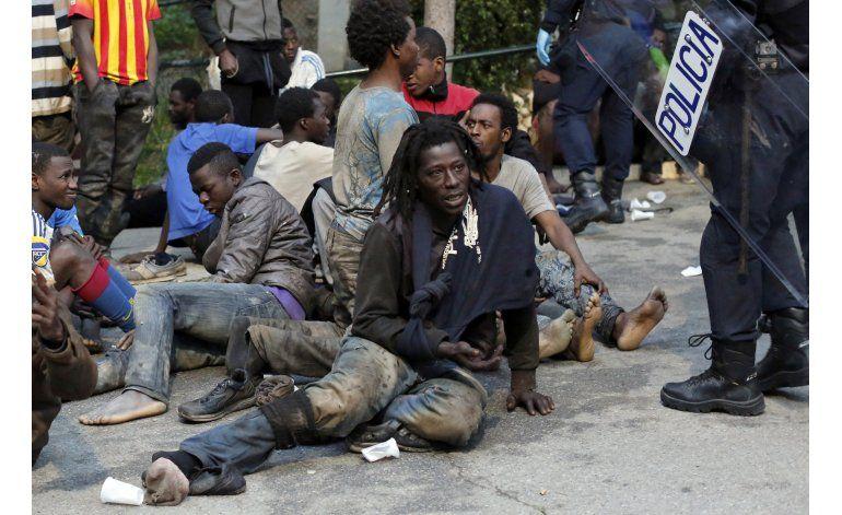 Cientos de migrantes entran en España a través de Ceuta