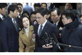 arresto del lider de samsung descarrila proceso de sucesion