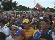 fuertes protestas en venezuela en defensa de los presos politicos y en rechazo a la sancion contra cnn en espanol