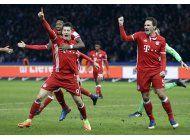 bayern rescata empate de ultimo minuto ante hertha berlin