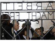 vicepresidente de eeuu visita campo de concentracion nazi