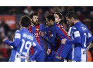 inusitado: exasperados seguidores presionan al barcelona