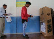 aplazan hasta el miercoles los resultados de las elecciones presidenciales en ecuador