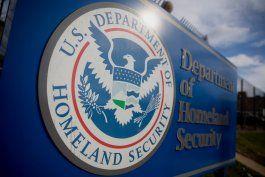 departamento de seguridad nacional contratara 15.000 nuevos agentes  para reforzar la seguridad migratoria