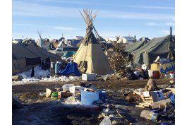 levantan campamento de protesta contra el oleoducto dakota
