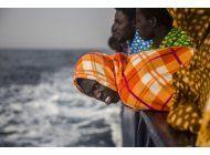 rescatan en el mediterraneo a mas de 1.000 migrantes