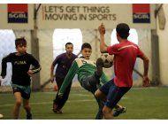 para ninos refugiados sirios, el deporte es la salvacion