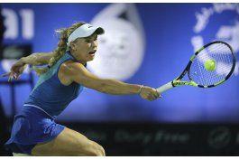 wozniacki avanza a las semifinales del torneo de dubai