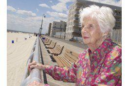 fallece mujer que estuvo en incubadora hace 96 anos