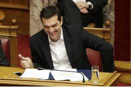 tsipras anuncia fin a la era de austeridad para grecia