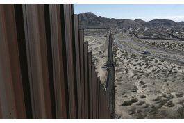 eeuu planea adjudicar contratos para muro en abril