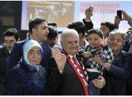 premier turco lanza campana para ampliar poderes de erdogan