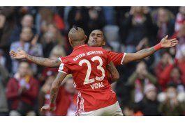 bayern aplasta 8-0 a hamburgo en la bundesliga