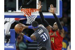 ross enciende ataque de magic, que arrolla a hawks