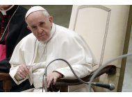 el vaticano quiere proteger los derechos de imagen del papa