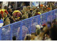 choque de una carroza en el carnaval de rio deja 20 heridos