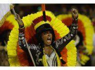 controversia por carruaje ambientalista en carnaval de rio