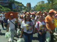 mas de un millon y medio de venezolanos han emigrado a otros paises empujados por la crisis