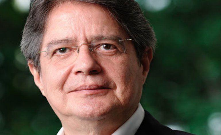 Candidato ecuatoriano, Guillermo Lasso, calificó las misiones médicas cubanas de esclavitud